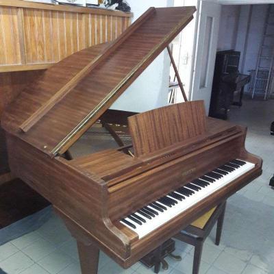 Piano quart queue PLEYEL 164 Acajou ciré
