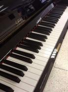 Piano droit de concert SEILER 130 KONZERT