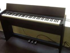 Piano ROLAND F-120 Noir satiné