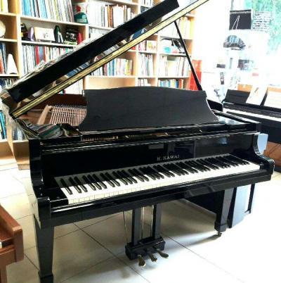 Piano quart queue d'occasion KAWAI KG1 Noir brillant