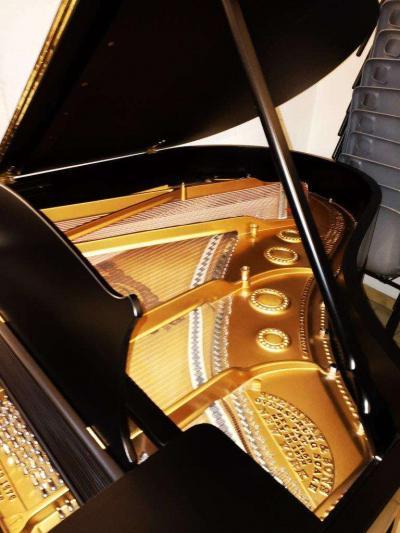Piano à queue STEINWAY A 1.88m Noir satiné