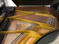 Piano à queue d'occasion GROTRIAN STEINWEG 165